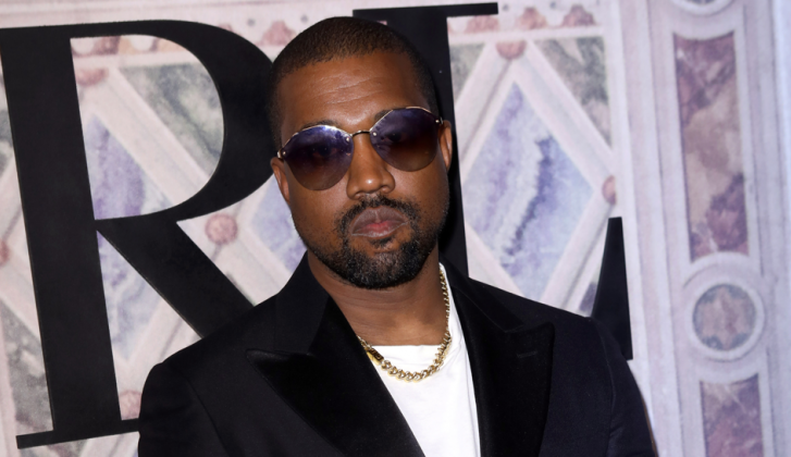 Kanye West bouwt theater op ranch