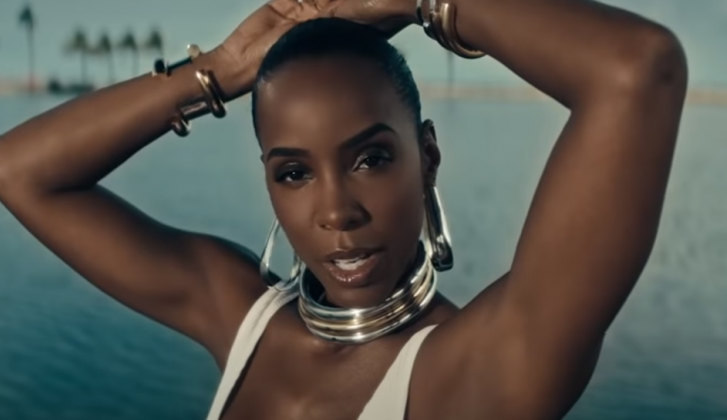 Kelly Rowland is woest