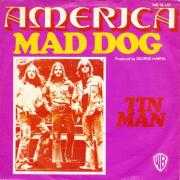 Coverafbeelding America - Mad Dog