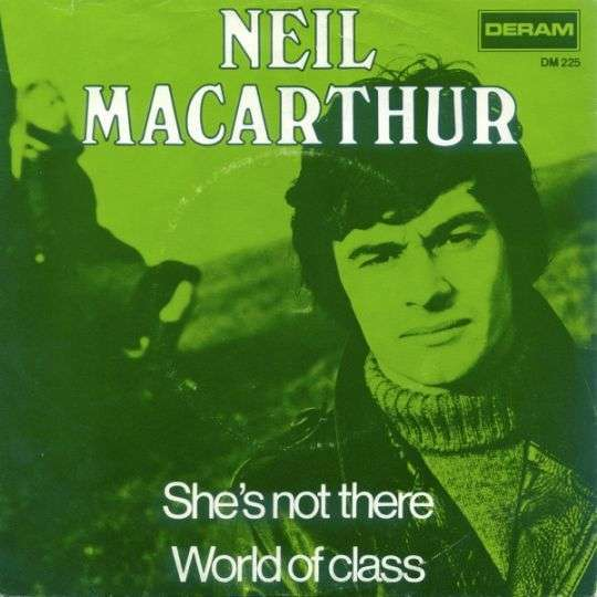Coverafbeelding She's Not There - Neil Macarthur