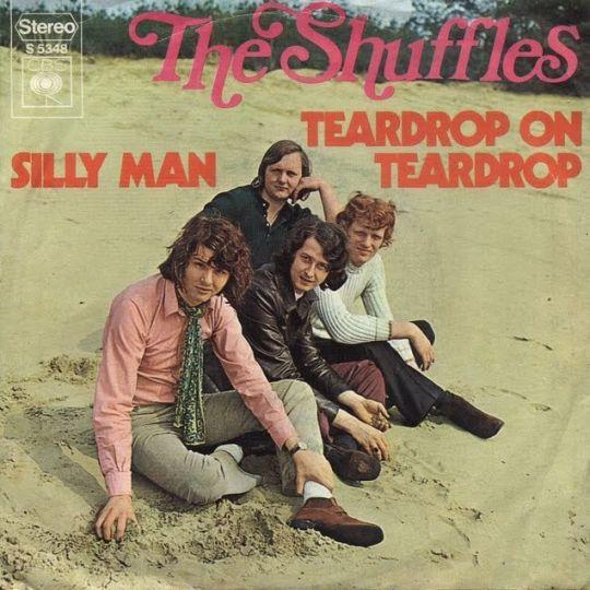 Coverafbeelding Teardrop On Teardrop - The Shuffles