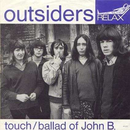 Coverafbeelding Touch - Outsiders