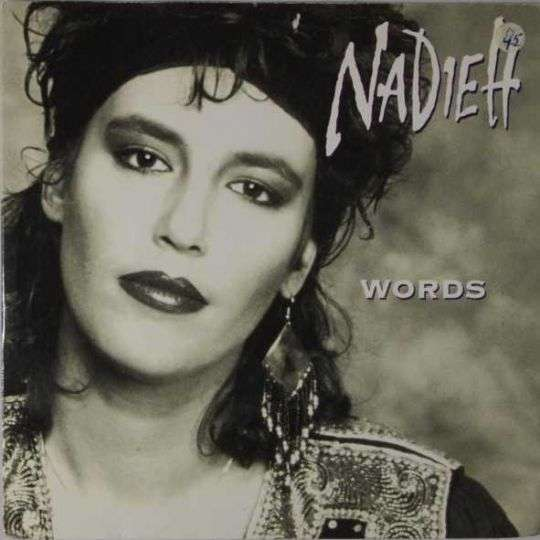Coverafbeelding Nadieh - Words