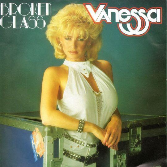 Coverafbeelding Broken Glass - Vanessa