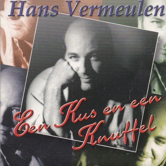 Coverafbeelding Een Kus En Een Knuffel - Hans Vermeulen