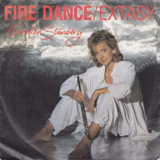 Coverafbeelding Fire Dance/extasy - Berdien Stenberg