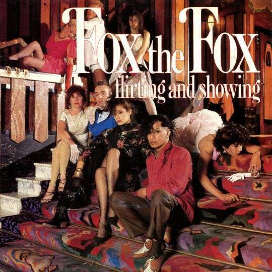 Coverafbeelding Flirting And Showing - Fox The Fox