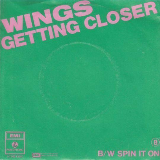 Coverafbeelding Wings - Getting Closer