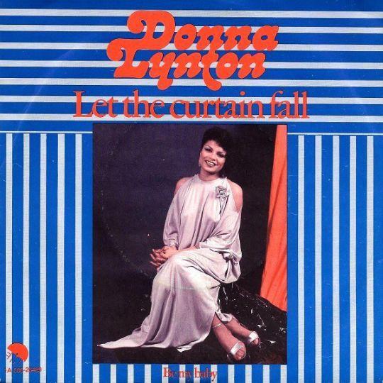 Coverafbeelding Let The Curtain Fall - Donna Lynton