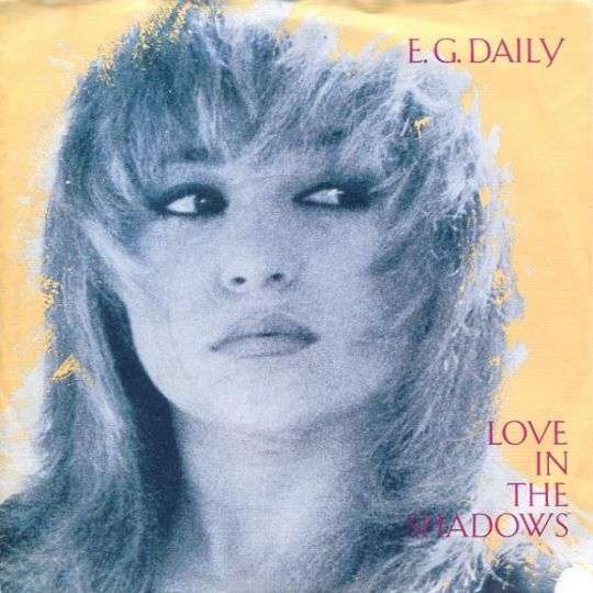 Coverafbeelding Love In The Shadows - E.g. Daily