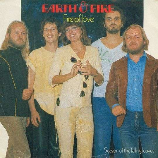 Coverafbeelding Fire Of Love - Earth & Fire