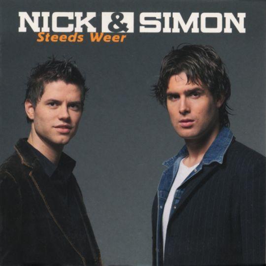 Coverafbeelding Steeds Weer - Nick & Simon