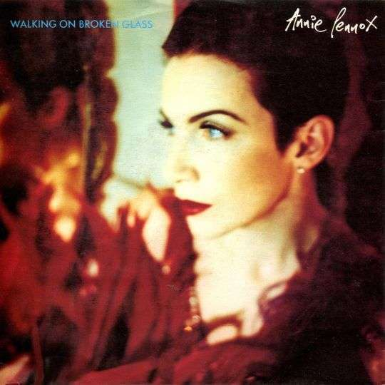 Coverafbeelding Walking On Broken Glass - Annie Lennox