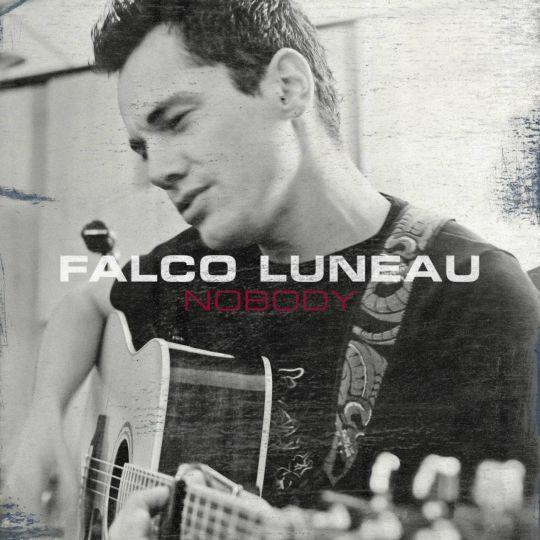 Coverafbeelding Nobody - Falco Luneau