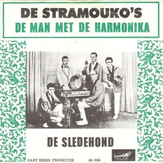 Coverafbeelding De Stramouko's - De Man Met De Harmonika
