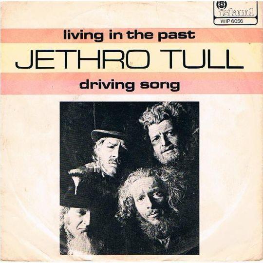 Coverafbeelding Living In The Past - Jethro Tull
