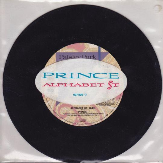 Coverafbeelding Alphabet St. - Prince