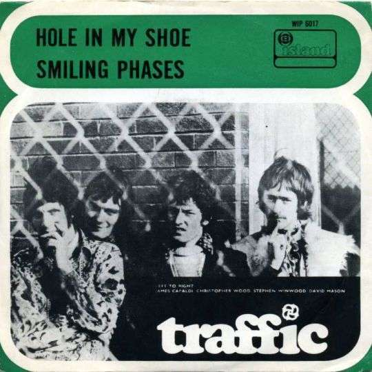 Coverafbeelding Hole In My Shoe - Traffic