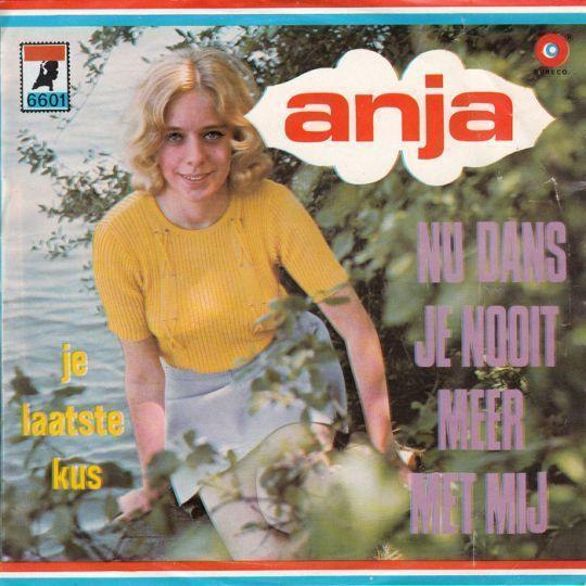 Coverafbeelding Nu Dans Je Nooit Meer Met Mij - Anja