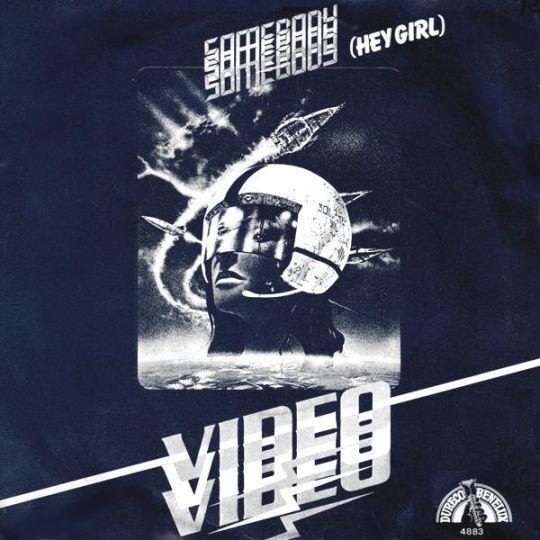 Coverafbeelding Video - Somebody (Hey Girl)