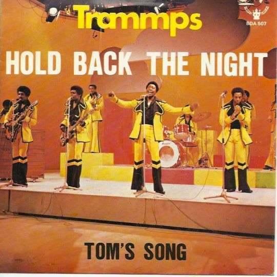 Coverafbeelding Hold Back The Night - Trammps