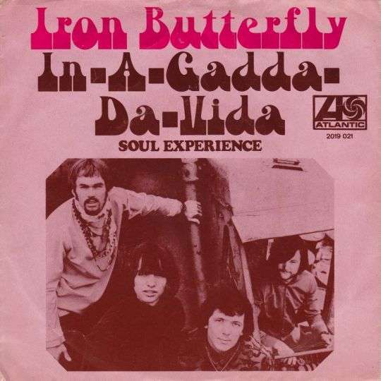 Coverafbeelding Iron Butterfly - In-A-Gadda-Da-Vida
