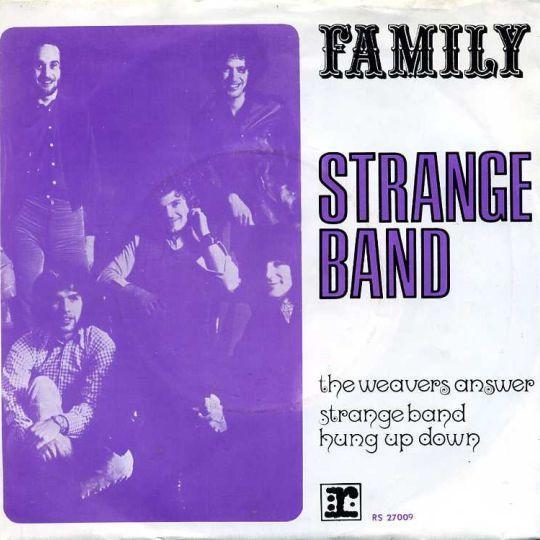 Coverafbeelding Family - Strange Band : The Weavers Answer