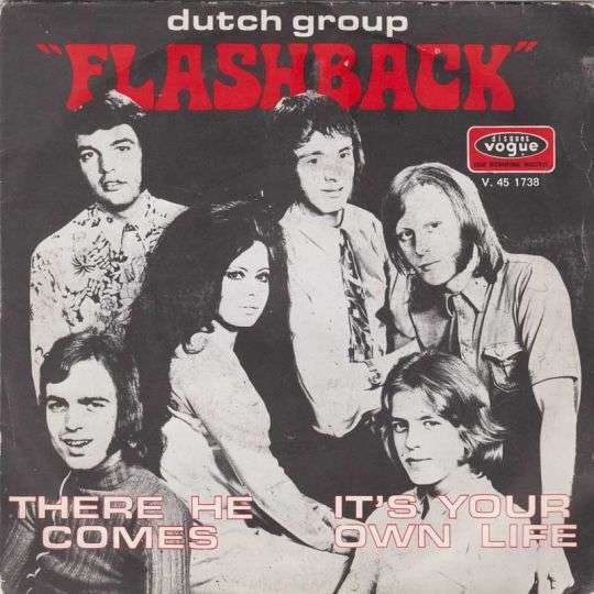 Coverafbeelding Flashback ((NLD)) - There He Comes
