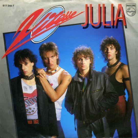 Coverafbeelding Julia - Vitesse