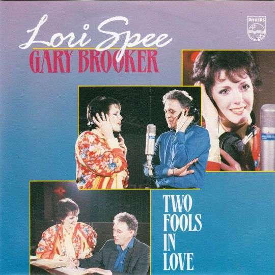 Coverafbeelding Two Fools In Love - Lori Spee & Gary Brooker