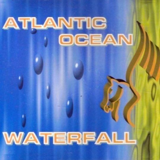 Coverafbeelding Atlantic Ocean - Waterfall
