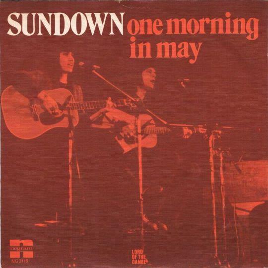 Coverafbeelding Sundown - One Morning In May