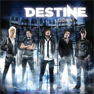 Coverafbeelding Destine - Down