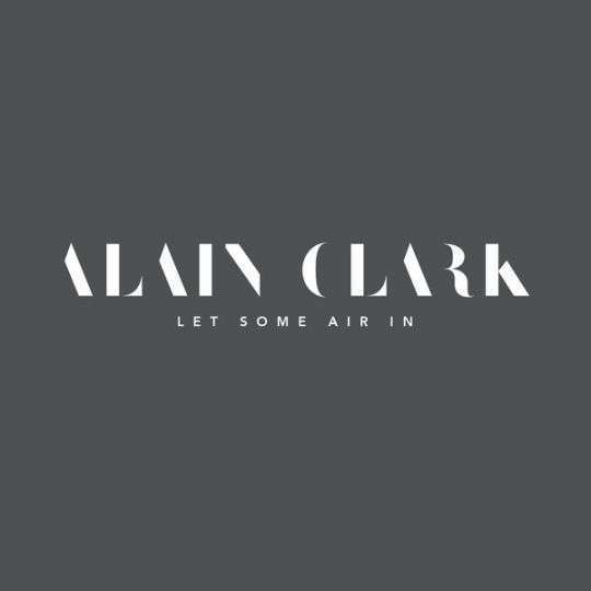 Coverafbeelding alain clark - let some air in
