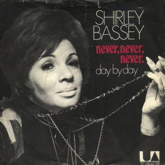 Coverafbeelding Never, Never, Never - Shirley Bassey