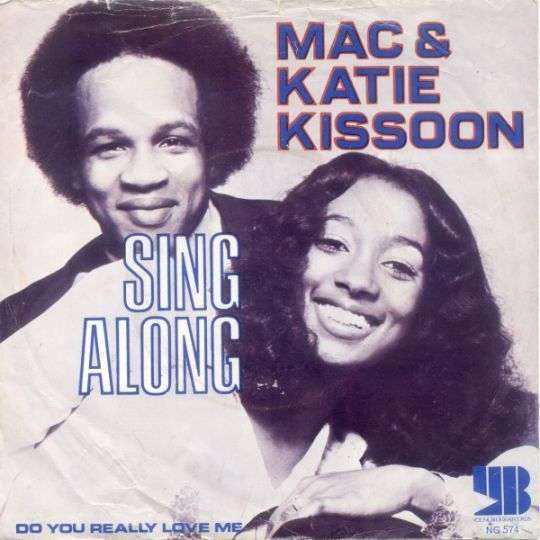 Coverafbeelding Sing Along - Mac & Katie Kissoon