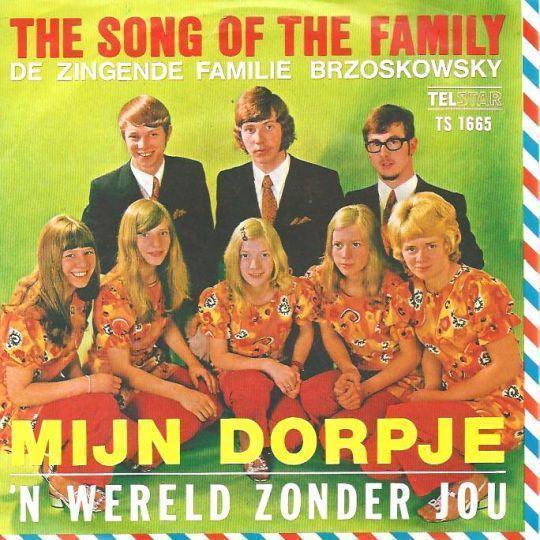 Coverafbeelding The Song Of The Family [De Zingende Familie Brzoskowsky] - Mijn Dorpje