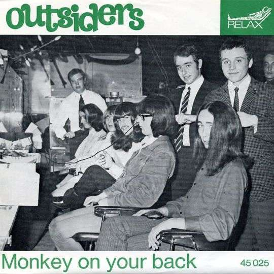 Coverafbeelding Outsiders - Monkey On Your Back
