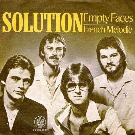 Coverafbeelding Empty Faces - Solution