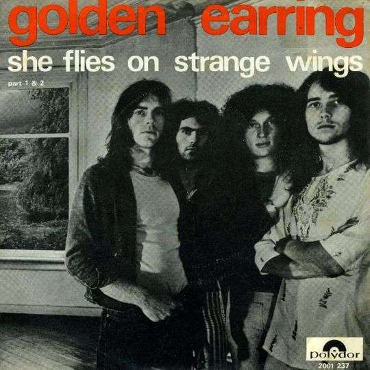 Coverafbeelding She Flies On Strange Wings - Golden Earring