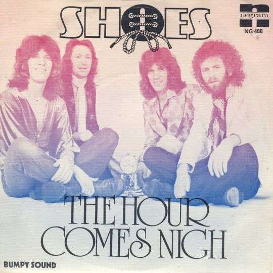 Coverafbeelding The Hour Comes Nigh - Shoes