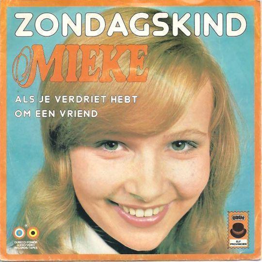 Coverafbeelding Zondagskind - Mieke