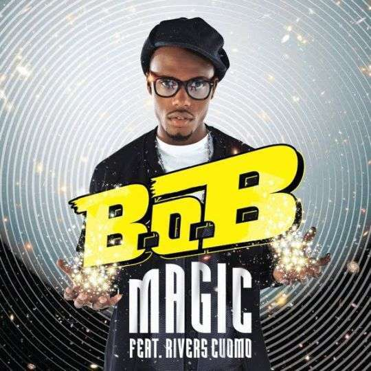 Coverafbeelding Magic - B.o.b Feat. Rivers Cuomo