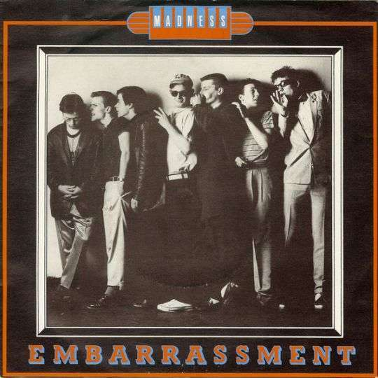 Coverafbeelding Embarrassment - Madness