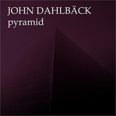 Coverafbeelding John Dahlbäck - pyramid