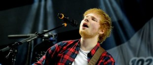 Ed Sheeran heeft contact met Simon Cowell over X Factor-act