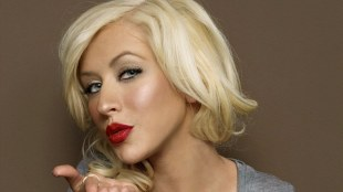 Christina Aguilera huurt Pharrell in