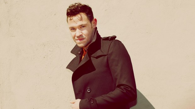 Will Young onthult nieuwe video
